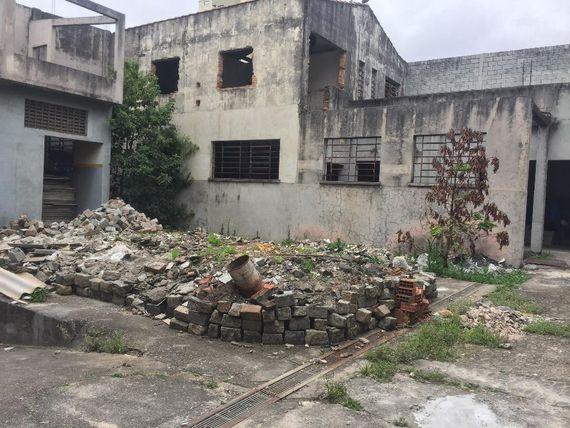 """Galpão à venda, 2169 m² por <span itemscope="""""""" itemtype=""""http://schema.org/TradeAction""""><span itemprop=""""price"""">R$ 7.900.000</span></span>- Alto da Mooca - São Paulo/SP"""