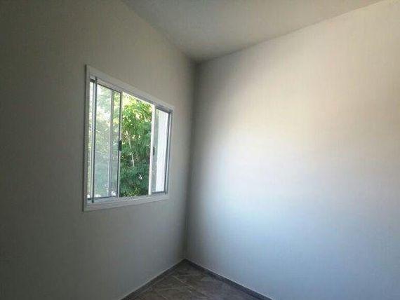 """Casa com 3 dormitórios para alugar, 120 m² por <span itemscope="""""""" itemtype=""""http://schema.org/TradeAction""""><span itemprop=""""price"""">R$ 1.300</span></span>/mês - <span itemprop=""""addressLocality"""">Jardim Roberto</span> - Osasco/SP"""