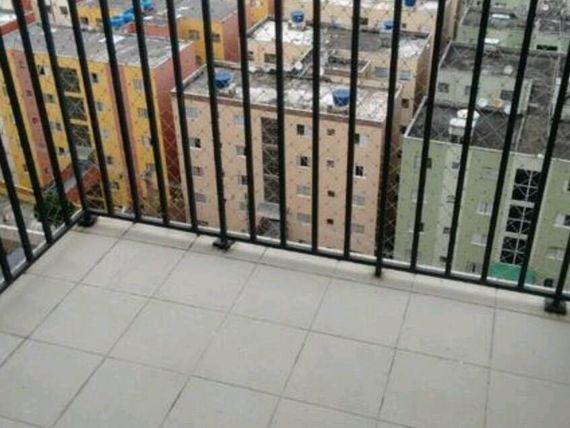 """Apartamento com 2 dormitórios para alugar, 54 m² por <span itemscope="""""""" itemtype=""""http://schema.org/TradeAction""""><span itemprop=""""price"""">R$ 1.300</span></span>/mês - <span itemprop=""""addressLocality"""">Centro</span> - Diadema/SP"""