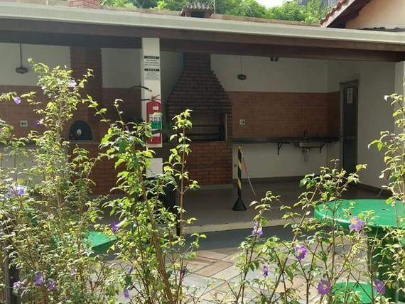 """Apartamento com 2 dormitórios para alugar, 55 m² por <span itemscope="""""""" itemtype=""""http://schema.org/TradeAction""""><span itemprop=""""price"""">R$ 874</span></span>/mês - <span itemprop=""""addressLocality"""">Jardim Roberto</span> - Osasco/SP"""