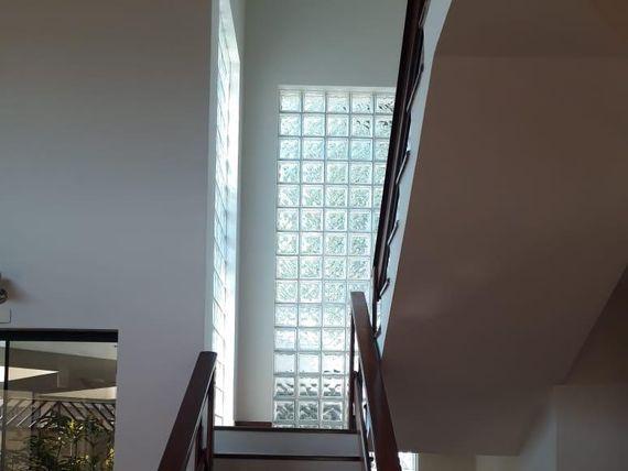 """Sobrado com 3 dormitórios à venda, 300 m² por <span itemscope="""""""" itemtype=""""http://schema.org/TradeAction""""><span itemprop=""""price"""">R$ 1.300.000</span></span>- Bairro <span itemprop=""""addressLocality"""">Jardim</span> - Santo André/SP"""