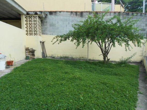 """Casa com 1 dormitório à venda, 61 m² por <span itemscope="""""""" itemtype=""""http://schema.org/TradeAction""""><span itemprop=""""price"""">R$ 500.000</span></span>- <span itemprop=""""addressLocality"""">Jardim das Flores</span> - Osasco/SP"""