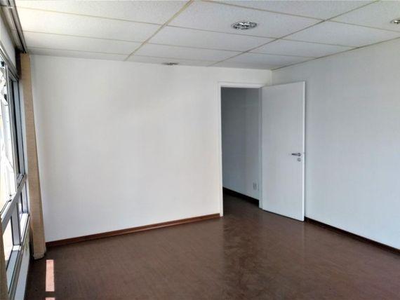 "36 m² por <span itemscope="""" itemtype=""http://schema.org/TradeAction""><span itemprop=""price"">R$ 300.000</span></span>- <span itemprop=""addressLocality"">Brooklin</span> - São Paulo/SP"