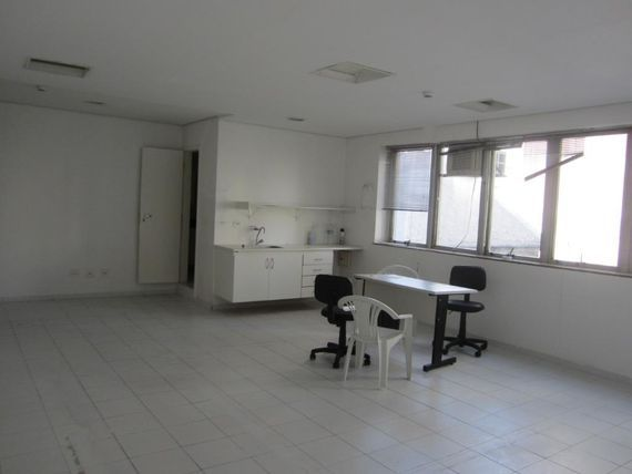 "58 m² por <span itemscope="""" itemtype=""http://schema.org/TradeAction""><span itemprop=""price"">R$ 2.610</span></span>/mês - <span itemprop=""addressLocality"">Paraíso</span> - São Paulo/SP"
