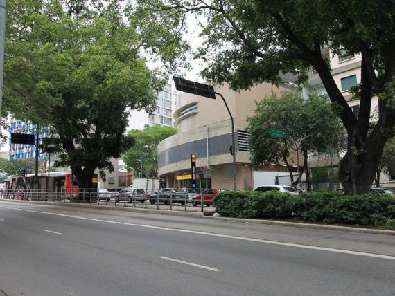 """Apartamento a Venda  em <span itemprop=""""addressLocality"""">Pinheiros</span>, 135 m² , defronte a Estação Oscar Freire do Metrô"""