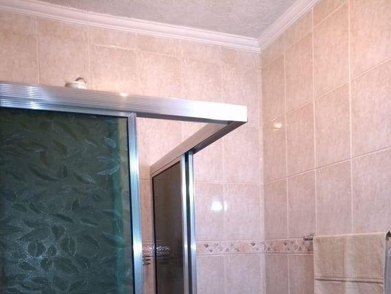 "Sobrado com 3 dormitórios para alugar, 180 m² por <span itemscope="""" itemtype=""http://schema.org/TradeAction""><span itemprop=""price"">R$ 450.000</span></span>/mês - Jardim Marek - <span itemprop=""addressLocality"">Santo André</span>/SP"