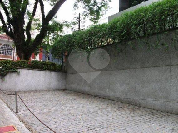 """Comercial na <span itemprop=""""streetAddress"""">Rua Sampaio Viana</span>, São Paulo, <span itemprop=""""addressLocality"""">Paraíso</span>, por <span itemscope="""""""" itemtype=""""http://schema.org/TradeAction""""><span itemprop=""""price"""">R$ 14.000</span></span>"""