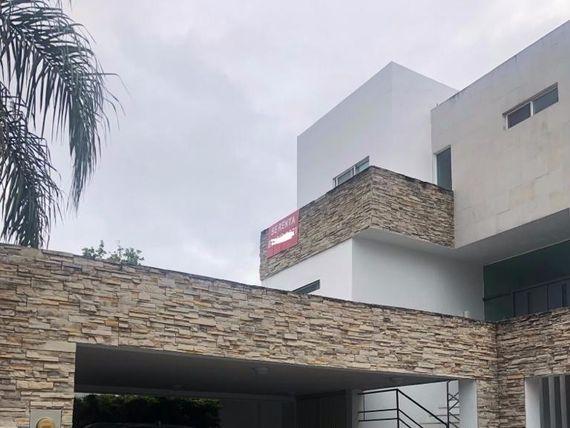 Casa en Renta en Privada La Muralla San Pedro