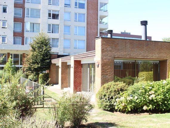 Departamento en Condominio Alto Boulevard a pasos de Av. Alemania