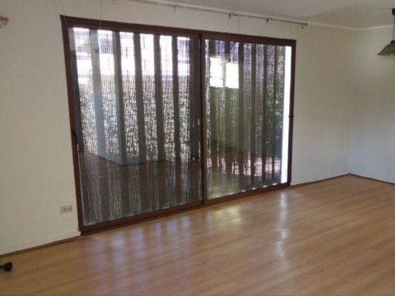 Lindo Bungalow 3D/1B + serv., Rotonda Atenas calle interior