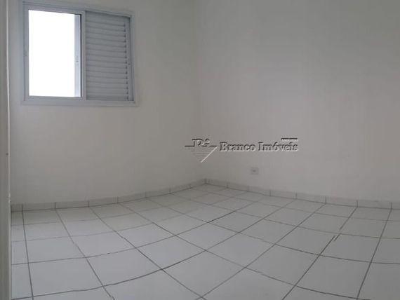 Excelente oportunidade apartamento 02 dormitórios no Caiçara