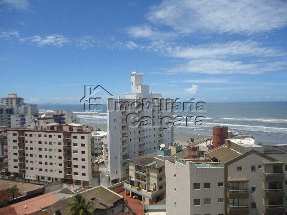 Apartamento 02 dormitórios alto padrão, 200 metros da praia!!!!