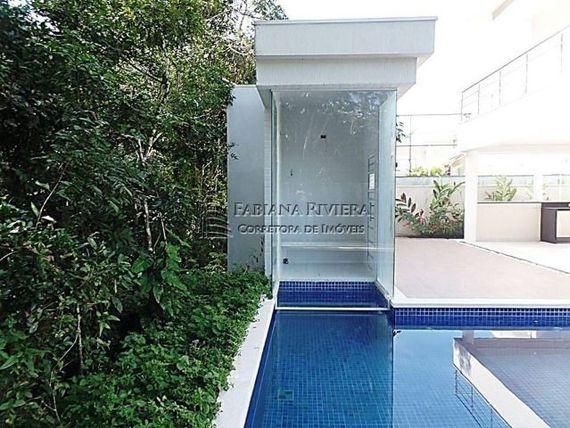 Sobrado em Riviera, M24, 325 m², 5 suítes