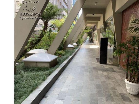 """Apartamento mobiliado, 1 dormitório, na avenida da praia, no bairro da Aparecida (Canal 5) em <span itemprop=""""addressLocality"""">Santos</span> - SP."""
