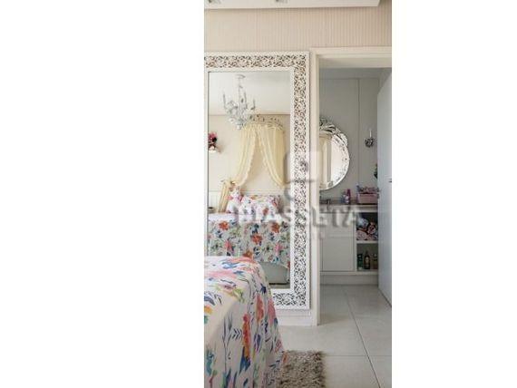 Apartamento de luxo 4 dormitórios, sendo 3 suítes, 3 vagas no Ed Carrara Pedra Branca