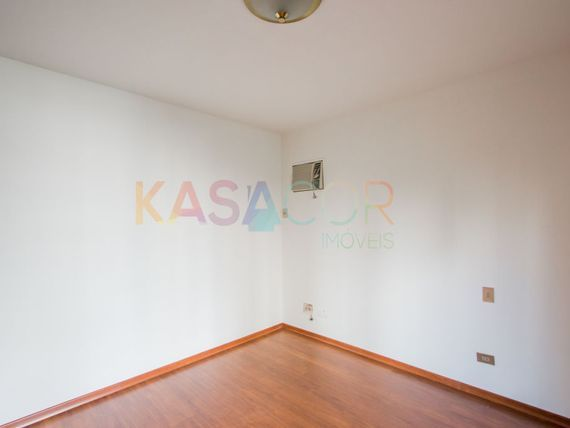 """Apartamento com 4 quartos e Armario cozinha na <span itemprop=""""streetAddress"""">R Bahia</span>, São Paulo, <span itemprop=""""addressLocality"""">Consolação</span>"""