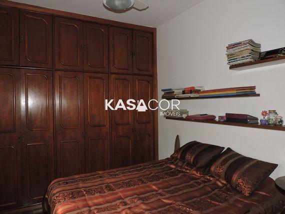 """Casa com 4 quartos e Aceita negociacao na <span itemprop=""""streetAddress"""">R Abegoaria</span>, São Paulo, <span itemprop=""""addressLocality"""">Sumaré</span>"""