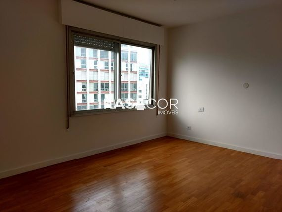 """Apartamento com 3 quartos e Armario cozinha na <span itemprop=""""streetAddress"""">R Rio De Janeiro</span>, São Paulo, <span itemprop=""""addressLocality"""">Higienópolis</span>"""