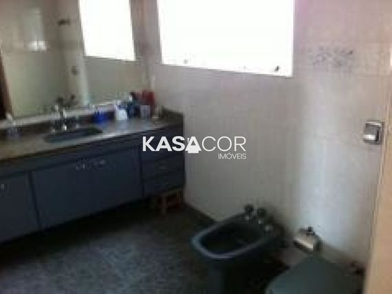 """Apartamento com 3 quartos e Wc empregada na <span itemprop=""""streetAddress"""">R Maranhão</span>, São Paulo, <span itemprop=""""addressLocality"""">Higienópolis</span>"""