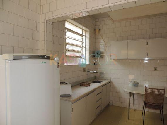 """Casa com 4 quartos e 5 Vagas na <span itemprop=""""streetAddress"""">R Angatuba</span>, São Paulo, <span itemprop=""""addressLocality"""">Consolação</span>"""