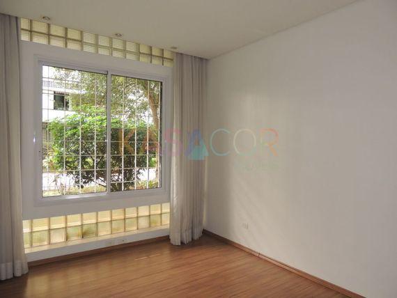 """Apartamento com 3 quartos e Wc empregada na AV <span itemprop=""""addressLocality"""">Higienópolis</span>, São Paulo, Higienópolis"""