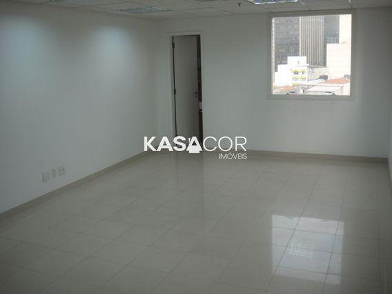 "Comercial com Lavabo na <span itemprop=""streetAddress"">Av Angélica</span>, São Paulo, <span itemprop=""addressLocality"">Centro</span>"