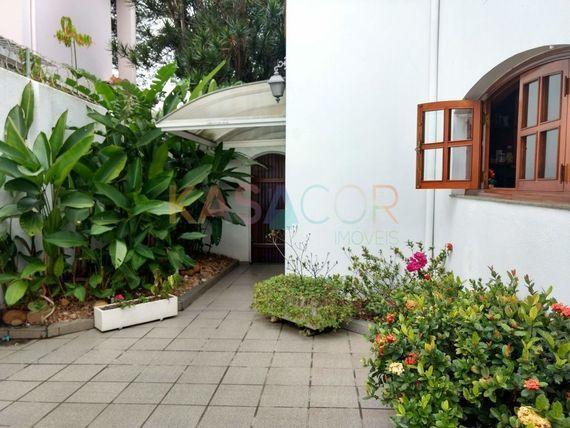 """Casa com 3 quartos e Dormitorio empregada na <span itemprop=""""streetAddress"""">R Antonina</span>, São Paulo, <span itemprop=""""addressLocality"""">Sumaré</span>"""