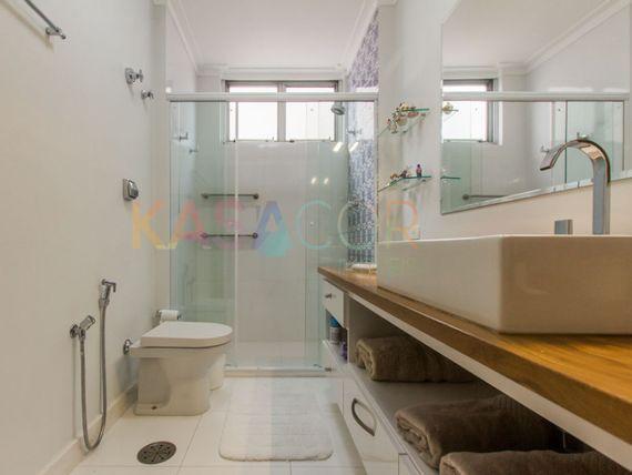 """Apartamento com 3 quartos e Dormitorio empregada na <span itemprop=""""streetAddress"""">R Pernambuco</span>, São Paulo, <span itemprop=""""addressLocality"""">Higienópolis</span>"""