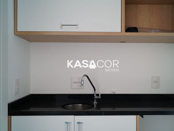 "Casa com Salas na <span itemprop=""streetAddress"">Av Angélica</span>, São Paulo, <span itemprop=""addressLocality"">Centro</span>"