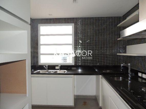"""Apartamento com 3 quartos e Wc empregada na <span itemprop=""""streetAddress"""">R Doutor Albuquerque Lins</span>, São Paulo, <span itemprop=""""addressLocality"""">Higienópolis</span>"""