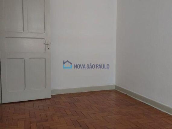 """Casa com 2 quartos e Vagas na <span itemprop=""""streetAddress"""">R Caramuru</span>, São Paulo, <span itemprop=""""addressLocality"""">Saúde</span>"""