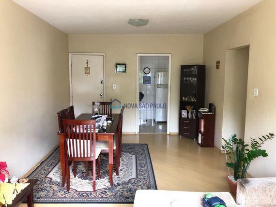 """Apartamento com 3 quartos e Armario cozinha na <span itemprop=""""streetAddress"""">R Mazzini</span>, São Paulo, <span itemprop=""""addressLocality"""">Aclimação</span>"""
