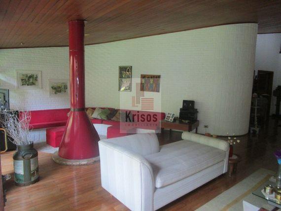 """Casa com 4 quartos e Suites na <span itemprop=""""streetAddress"""">R Chiquinha Rodrigues</span>, São Paulo, <span itemprop=""""addressLocality"""">Caxingui</span>, por <span itemscope="""""""" itemtype=""""http://schema.org/TradeAction""""><span itemprop=""""price"""">R$ 1.690.000</span></span>"""