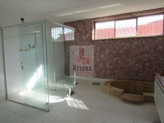 """Casa com 3 quartos e Wc empregada na <span itemprop=""""streetAddress"""">R Comissário Gastão Moutinho</span>, São Paulo, <span itemprop=""""addressLocality"""">Morumbi</span>, por <span itemscope="""""""" itemtype=""""http://schema.org/TradeAction""""><span itemprop=""""price"""">R$ 2.500.000</span></span>"""