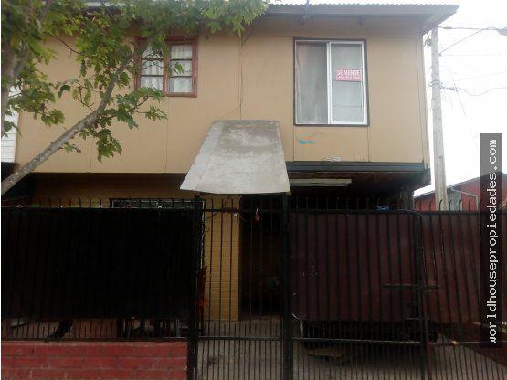 """Amplia casa esquina  <span itemprop=""""addressLocality"""">Melipilla</span>"""