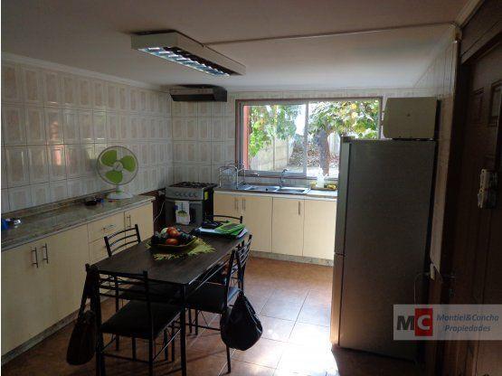 Se vende casa céntrica  en la ciudad de Limache