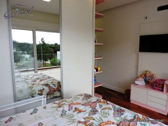 """Casa com 4 quartos e 4 Vagas na <span itemprop=""""streetAddress"""">Estrada Fazendinha</span>, São Paulo, <span itemprop=""""addressLocality"""">Cotia</span>, por <span itemscope="""""""" itemtype=""""http://schema.org/TradeAction""""><span itemprop=""""price"""">R$ 2.140.000</span></span>"""