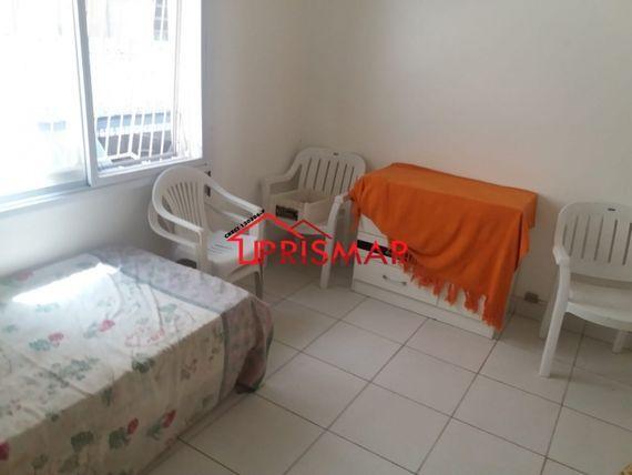 Vendo Frente mobiliado 2 dormitorios 50 mts praia Gonzaga