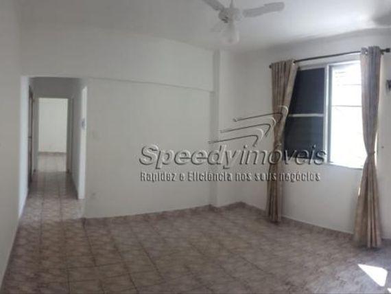 """Apartamento na orla da praia em <span itemprop=""""addressLocality"""">Santos</span> com 2 dormitórios."""