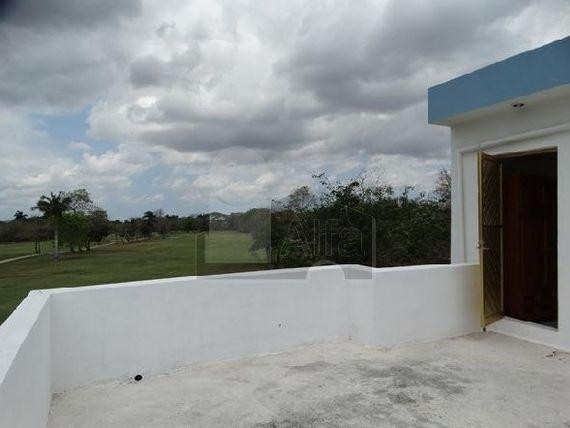 """Departamento en renta en Mérida en Club de Golf <span itemprop=""""addressLocality"""">La Ceiba</span> amueblado con doble vista al campo"""
