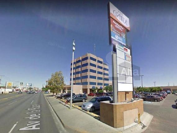 "Locales en Renta en Plaza Grande, Av. de <span itemprop=""streetAddress"">La Raza</span>, Cd. Juarez, Chihuanua"