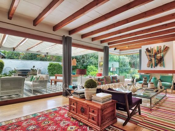 Espectacular Casa Mediterránea en mejor sector  de Santa María de Manquehuee