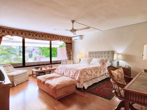 Linda casa en condominio en Los Dominicos Antiguos