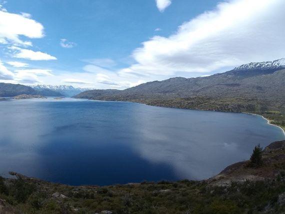 """Lago <span itemprop=""""addressLocality"""">Cochrane</span> y sus aguas cristalinas"""