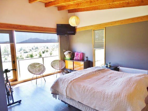 "Magnífica Casa Mediterránea en <span itemprop=""streetAddress"">Los Riscos</span>"