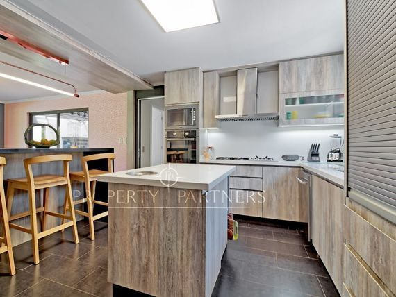 Casa en Chicureo Poniente, con excelentes accesos y cercana a colegios