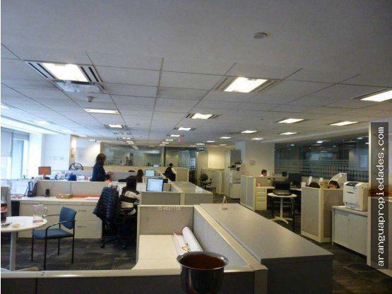 """Oficina en Arriendo en <span itemprop=""""addressLocality"""">Las Condes</span>, Metro El Golf"""