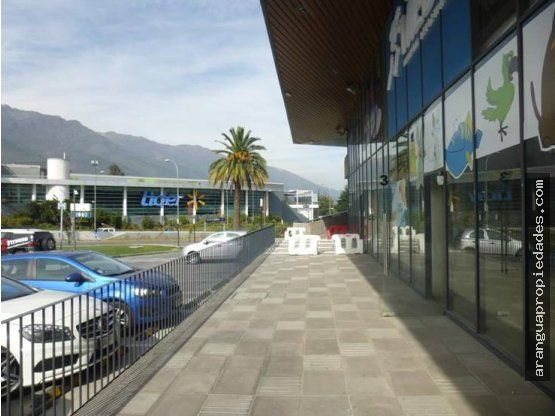"Local Strip Center en Arriendo en <span itemprop=""addressLocality"">La Reina</span>"
