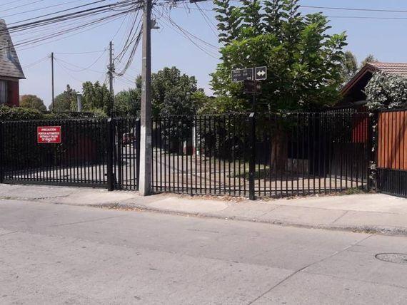 """Espaciosa Casa/Metro San José/ Los Arcos/ <span itemprop=""""addressLocality""""><span itemprop=""""streetAddress"""">La Florida</span></span>."""