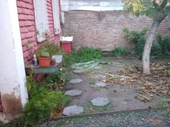 """Casa esquina en <span itemprop=""""streetAddress"""">Pedro Aguirre Cerda</span>, excelente ubicación."""